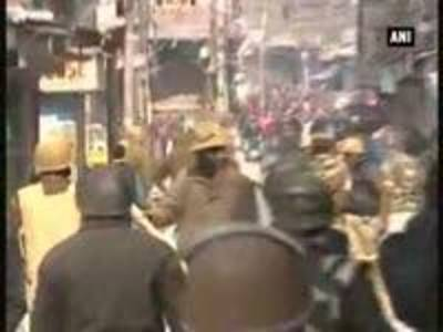 News video: Yasin Malik's supporters protest his arrest by police in Srinagar